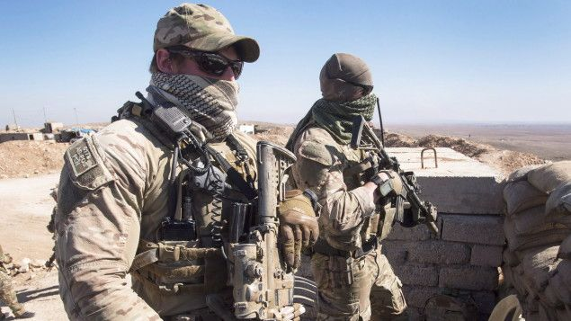 Le gouvernement Trudeau a annoncé jeudi que la participation des Forces armées canadiennes à la coalition internationale contre le groupe armé État islamique (EI) se poursuivra jusqu'au 31 mars 2019. Cela coûtera 371,4 millions de dollars au Trésor public.