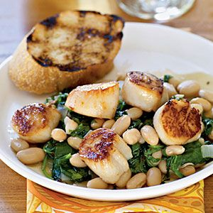 One Dish Seared Scallops with Spinach and Warm Tuscan Beans by cookinglight. 314 calories per serving. #Scallops #Beans #cookinglight