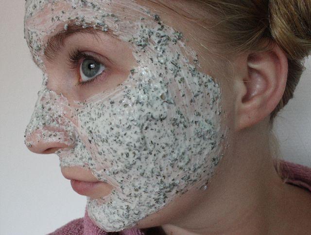 SillySilSil.com ~ gezichtsmasker van kwark en groene thee