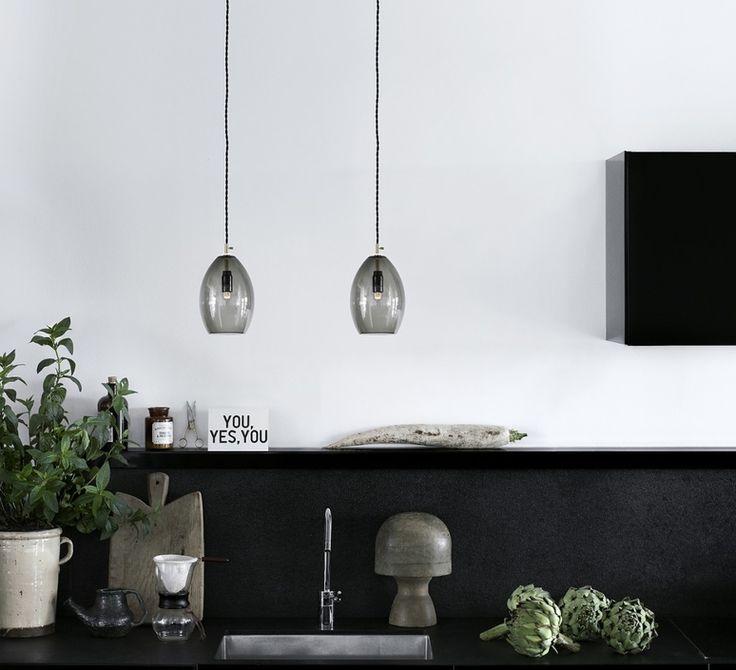 #unika, #northernlighting, #suspension, #pendantlight, #luminaire, #lighting, #verre, #glass, #verrefumé, #scandinave, #scandinavian, #lampe, #lamp, #eclairage, #light, #luminaire, #design, #contemporain, #contemporary