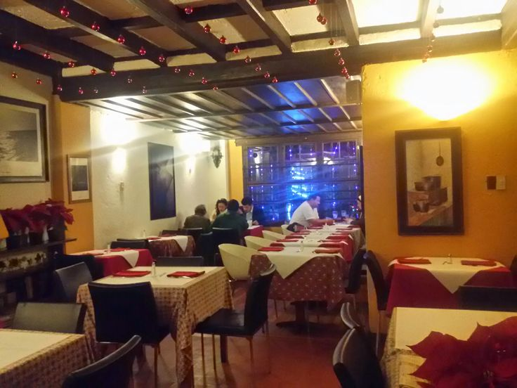 El Boliche is a restaurant located in the Zona G, calle 69A with cra. 10, and is hands down my favourite restaurant in Bogota.