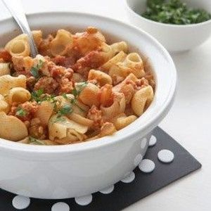 Shell pasta with chicken bolognaise