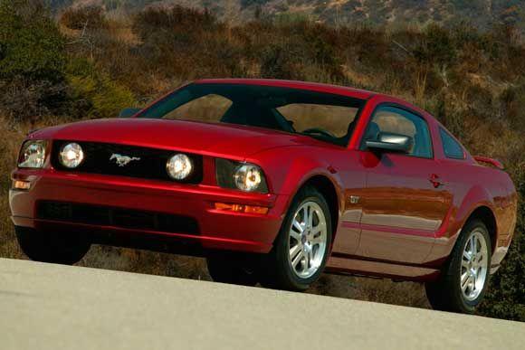 Ficha técnica completa do Ford Mustang GT 4.6 V8 2007