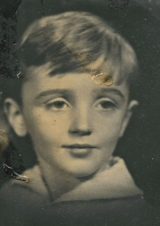 HENRY TERRY CLOSSON, born 30 May 1926 in Orange, NJ; died 10 Dec 1996 in Holderness, NH. He was the son of Henry W. Closson & Elisabeth Dickinson. He and his 2nd (?) wife, Crecia, are known to have lived in Green Valley, AZ. His 2nd wife is still living in a nursing home, but as I bought this at her own estate sale, I doubt she wants it back.