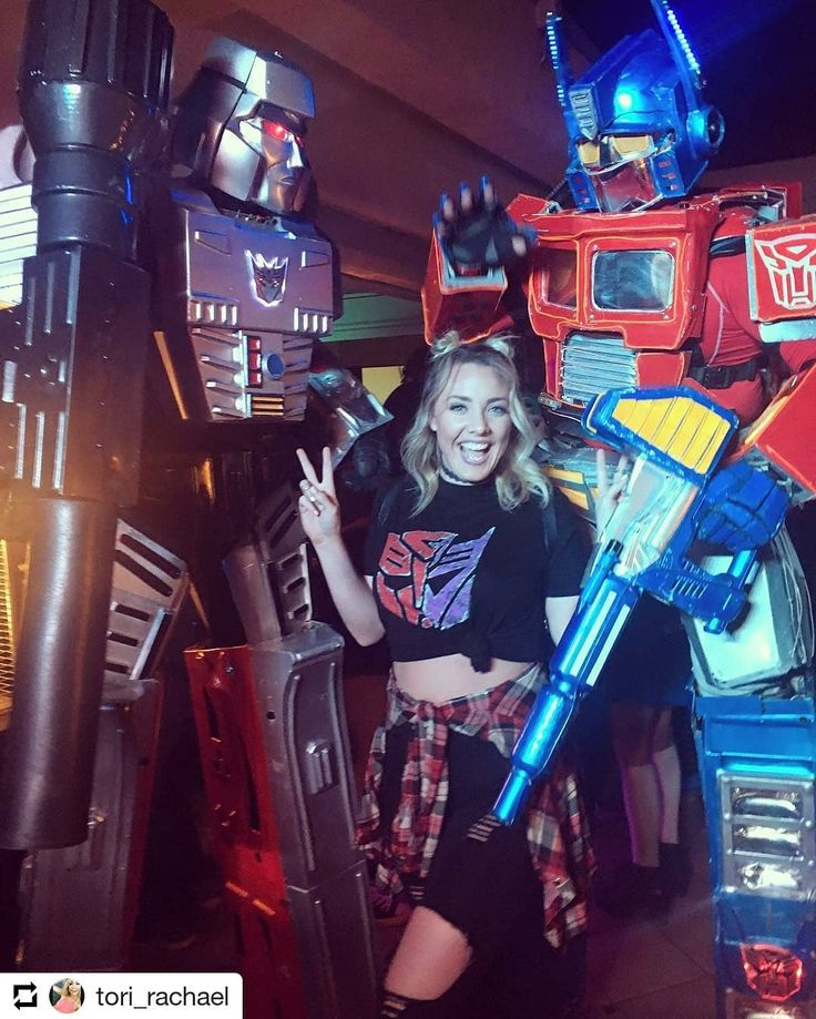 Tag or DM @nerdy_girls_do_it_better for a repost! #nerdy_girls_do_it_better   Repost @tori_rachael    Autobots... ROLL OUT #nerd #nerdygirl #autobots #transformers #megatron #optomusprime #daveandbusters #blonde #retro #retronight #retrogaming #gamergirl #gamer #gamers #gamerchick #blonde #cosplay #cosplayers