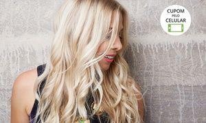 Groupon - Studio Beauty Hair – Tatuapé: luzes ou mechas + cauterização e escova (opção com design de sobrancelhas e manicure) em SÃO PAULO. Preço da oferta Groupon: R$69,90