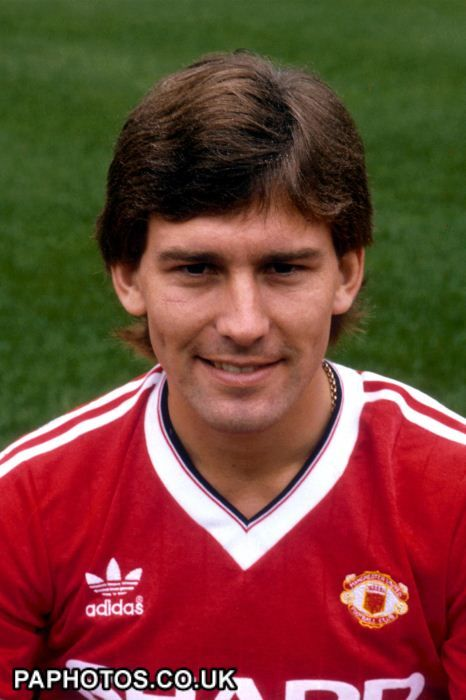 Bryan Robson 1982 - 1994. Longest-serving captain in United's history. Co-captained with Steve Bruce from 1992 - 1994.
