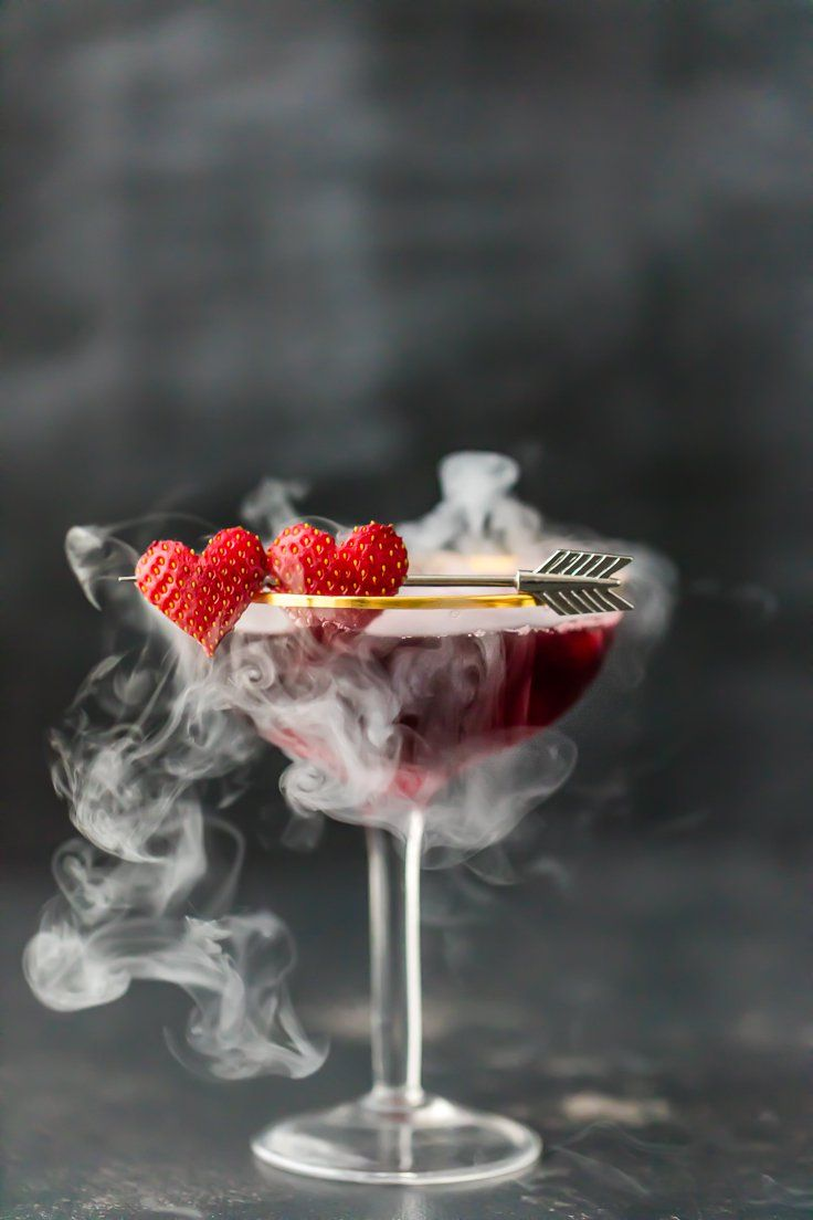 Love Potion.. Pomegranate juice, strawberries, Chambord and strawberry vodka - this would be the perfect cocktail to make for Valentine's!❤️