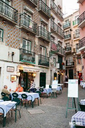 Restaurantes en la calle en Lisboa Gastronomía en Lisboa Portugal by machbel
