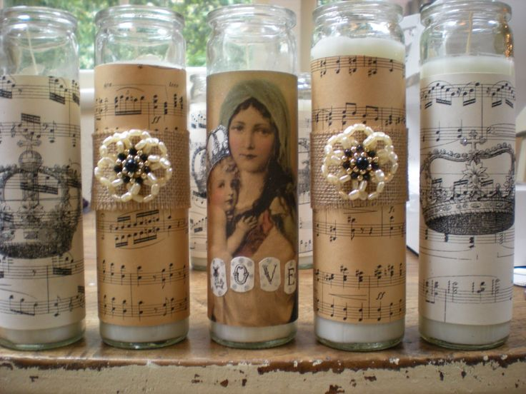 I bought more of these tall candles from the grocery store that I decorated for Christmas. I could not pass up this $1.50 candle sale! Thi...