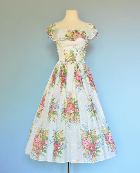 Vintage 1940s YOUNG HOLLYWOOD Cotton Garden Party Dress