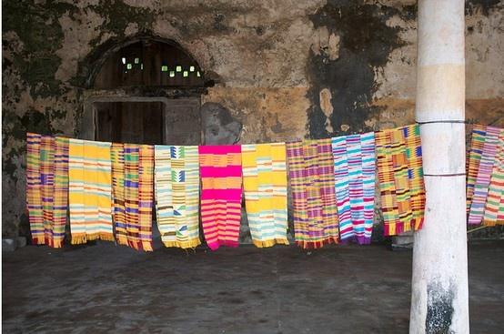 """Les quartiers administratifs et commerçants de Grand-Bassam à l'époque coloniale … classés depuis juillet 2012 """"patrimoine de l'humanité"""" par l'UNESCO https://www.flickr.com/photos/eric20166/8192870453/"""