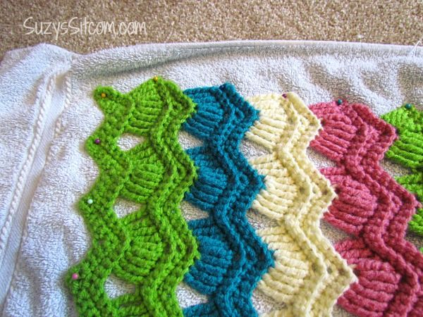 Free Crochet Pattern Ripple Scarf : Vintage Crochet Ripple Fan Scarf- How to block and finish ...