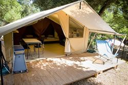 Camping Indigo Paris - Location de tente toilée équipée