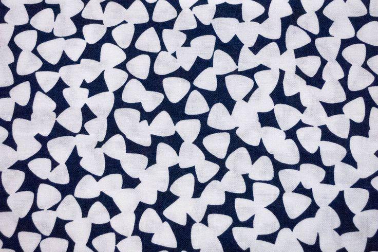 Stoff Tiny Guitar Picks white | www.pom-pon.ch
