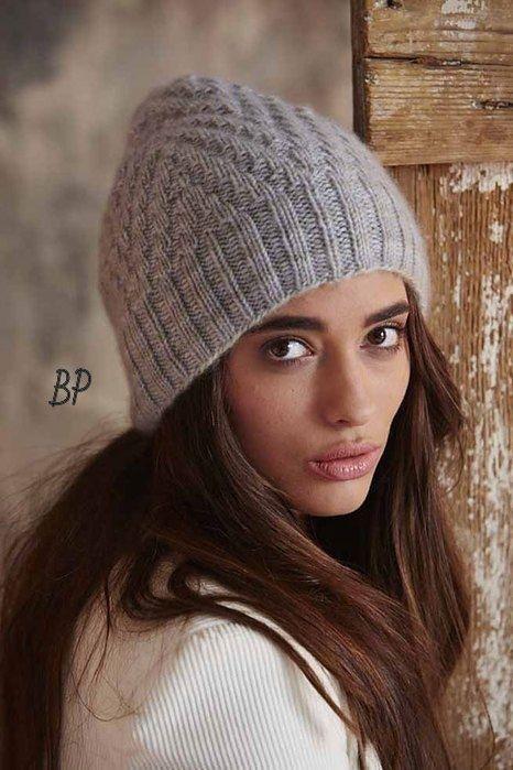 Стильная шапочка от Ashley Rao