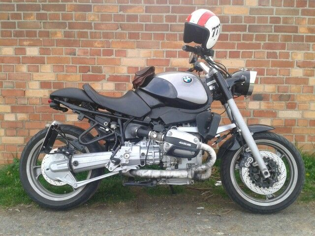 Bavarian Stallion! BMW R1100R