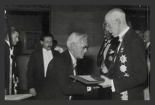 Alexander Fleming receiving the Nobel Prize. ( Discovered Penicillin)