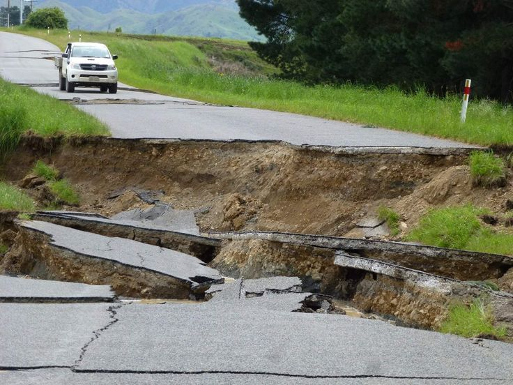 Bill ✔️ Waiau, North Canterbury, New Zealand after M7.8 Earthquake on 14 November 2016. Bill Gibson-Patmore. (curation & caption: @BillGP). Bill✔️