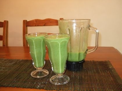 Green smoothie recipesFruit Blends, Definition Divination, Fruit Smoothie, Green Smoothie Recipes, Blends Well, Raw Recipes, Smoothie Punch, Smoothie Recipe Drinks, Raw Website