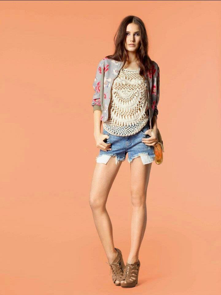 Esta muy lindo este conjunto con los shorts queda muy lindo!