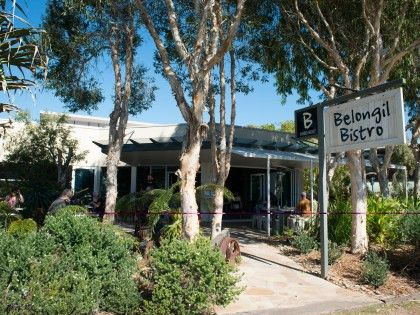 Byron Bay Restaurant & Cafe, Belongil Beach | Belongil Bistro.  Open everyday  Brunch 7am-3pm.  Lunch 12-3. Dinner friday and saturday from 5pm till late.  GREAT coffee! Less than 5 minutes drive from Gosamara Apartments.