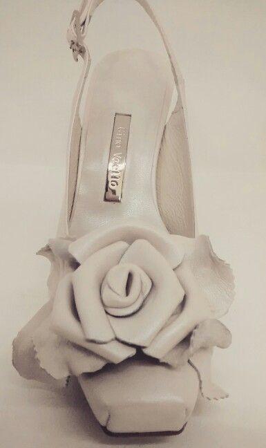 Zapato de novia Gino Vaello. A la venta en Pattuka.com