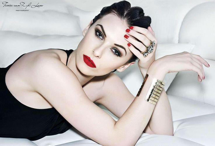 Photo: Tania Van Zyl Lass Model: Sladjana Maria Vinají Hair&Makeup: DOLLY's World of Make-up Products: Make-up by Lilly meets Lola