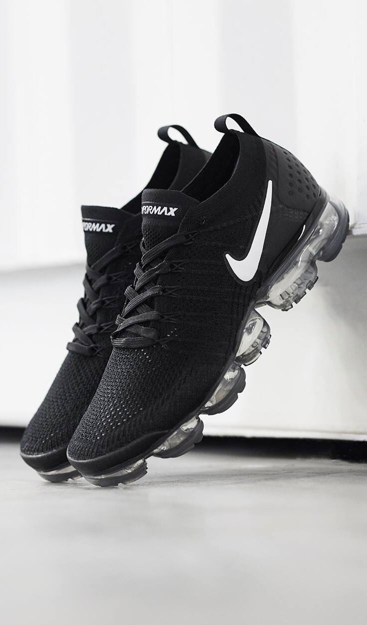 buy online 6b118 db9b3 Nike Air Vapormax Flyknit   Follow  XxSneakerHeadsxX for more poppin pins  👌🏼💯