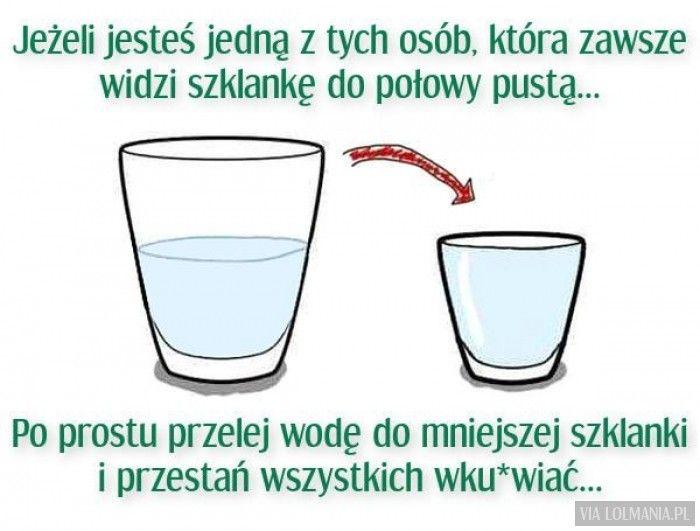 Po prostu jest pół wody i pół powietrza. :)