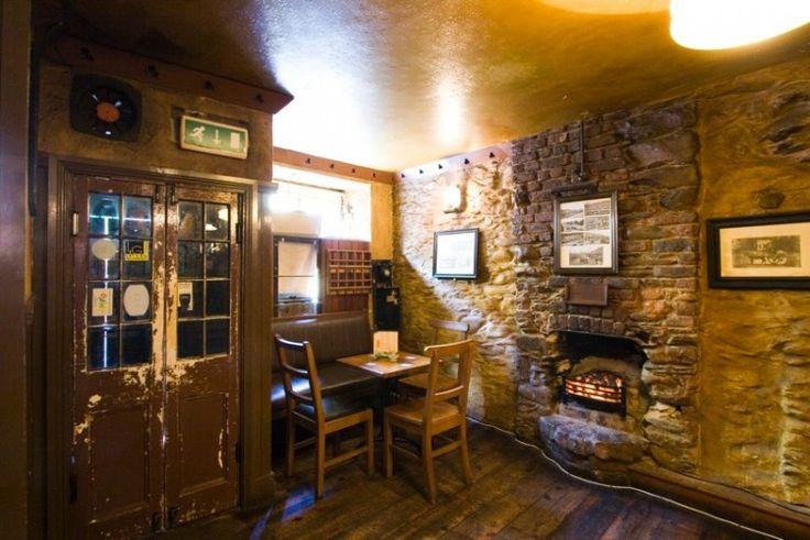 """""""Courtneys Bar: een pub zoals een Ierse pub hoort te zijn!"""" Klik voor het volledige artikel op ditisierland.nl"""
