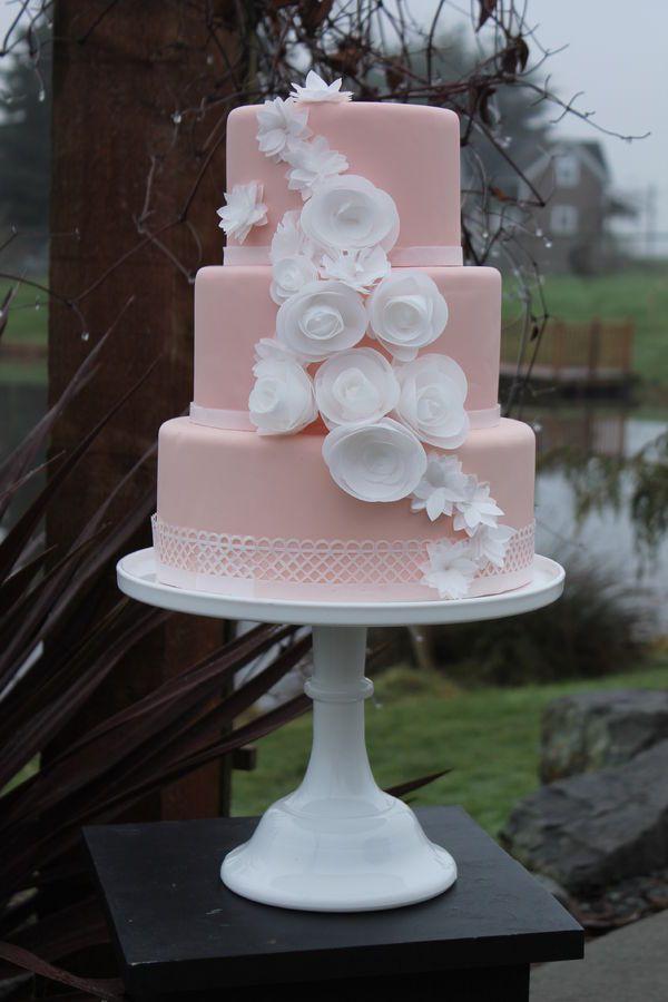 Blush & Ivory Wedding Cake