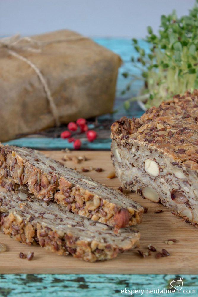 chleb bez mąki z płatkami