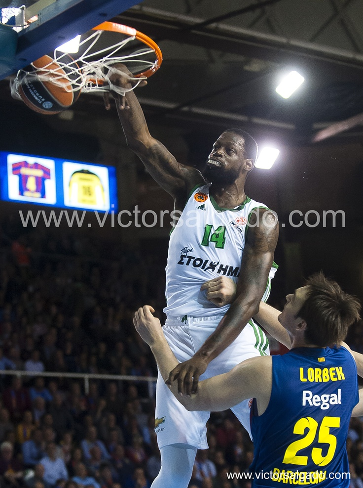 James Gist on Lorbek