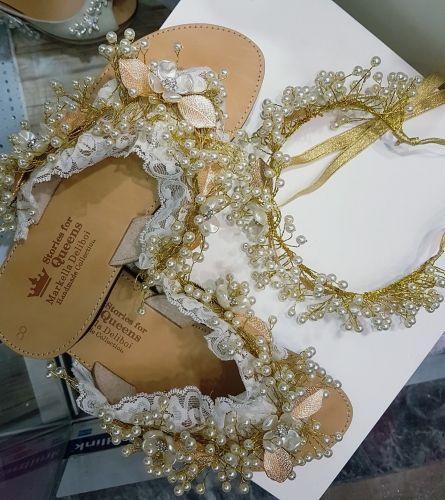 Χειροποίητα νυφικά σανδάλια stories for queens στολισμένα με πέρλες, φίλντισι, κρύσταλλα και μέταλλα.  Βρείτε τα στο παρακάτω σύνδεσμο: http://handmadecollectionqueens.com/νυφικα-σανδαλια-στολισμενα-με-φιλντισι  #handmade #fashion #women #sandals #footwear #bridal #summer #wedding #storiesforqueens #χειροποιητα #μοδα #γυναικα #σανδαλια #υποδηματα #καλοκαιρι #νυφικα #γαμος