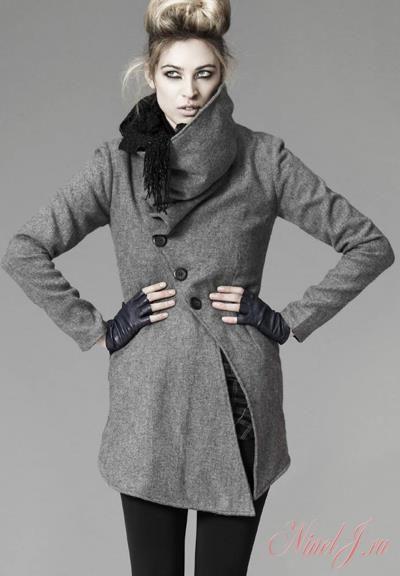 Серый цвет пальто с каким цветом шарфа подобрать