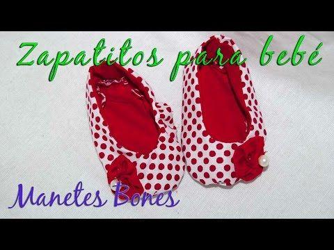 Diez zapatitos de bebé con patrón