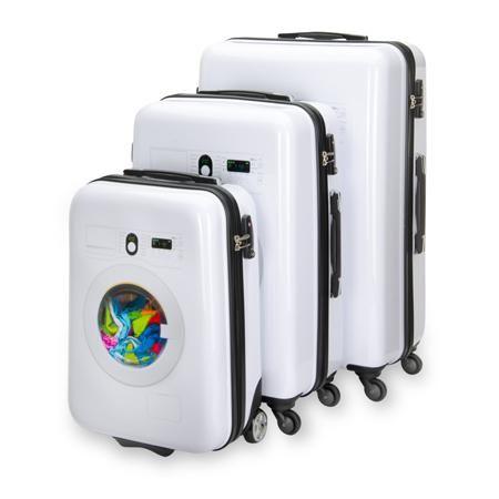 """Es una experiencia única ir a recoger mi """"lavadora"""" de la cinta de equipajes. Me encantan estas maletas con estilo."""