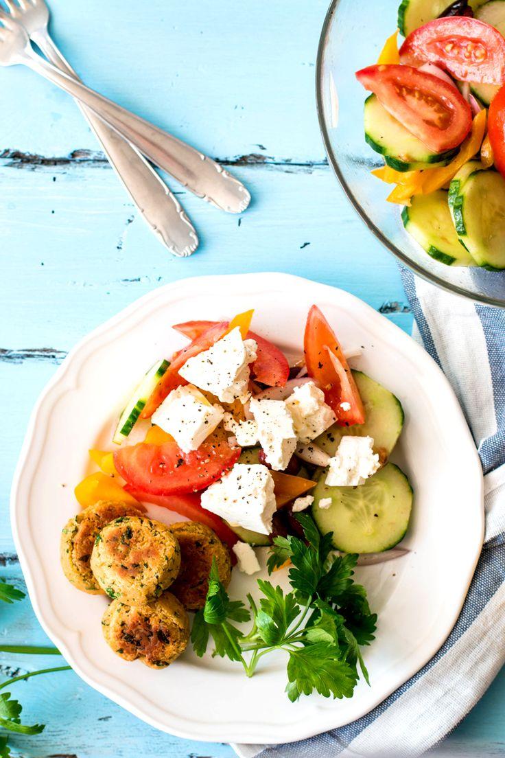 Blue apron falafel - Greek Salad With Falafel
