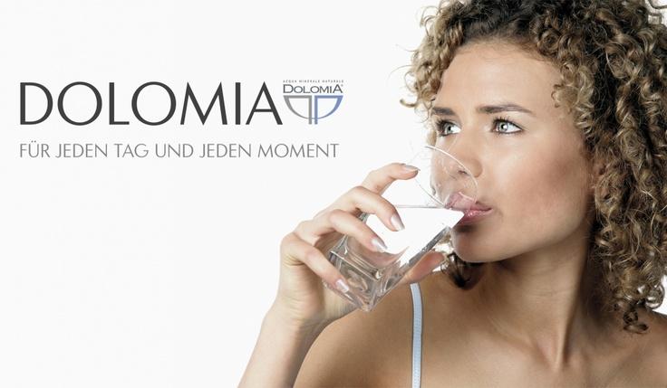 Aqua Dolomia  Wertiges Design und messerscharfe, konzeptionelle Denke – das sind die Zutaten, aus denen gute Broschüren gemacht sind.