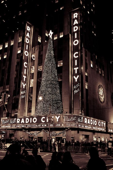 When I was growing up in the 60's, vendors sold hot chestnuts to the lines of people waiting to see the Christmas Show at Radio City...if you put them in your pockets they would keep your hands warm .: Radio City, Christmas Nyc, Cities, Things, Places, Music Hall, Newyork