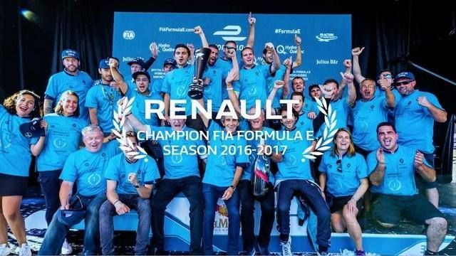 #green #racing #renault #fiaformulaechampionship Renault e.dams celebrates its third consecutive title in Formula E and presents its new livery and partners for season 4 What's new on Lulop.com http://ift.tt/2hz8cWH