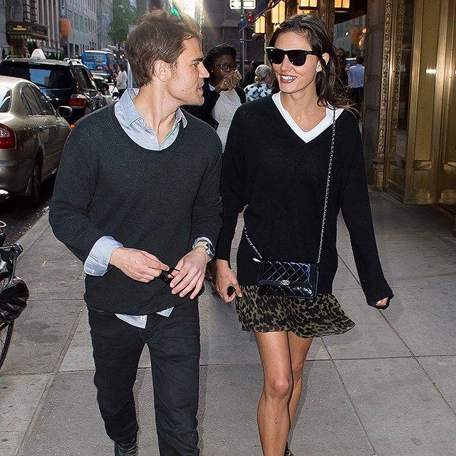 Phoebe Tonkin And Her Boyfriend Redefin