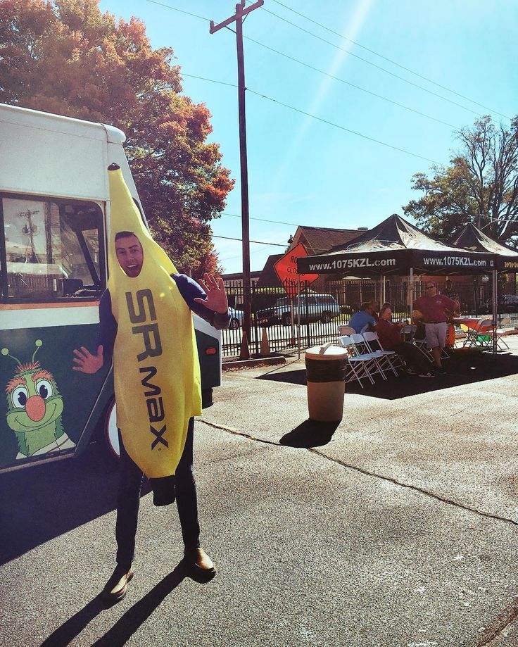 Did you know that our office is located in downtown Greensboro North Carolina? Today we decided to go visit the food truck and the great people at @1075_kzl and Rock 92 FM across the street! What did you do today?