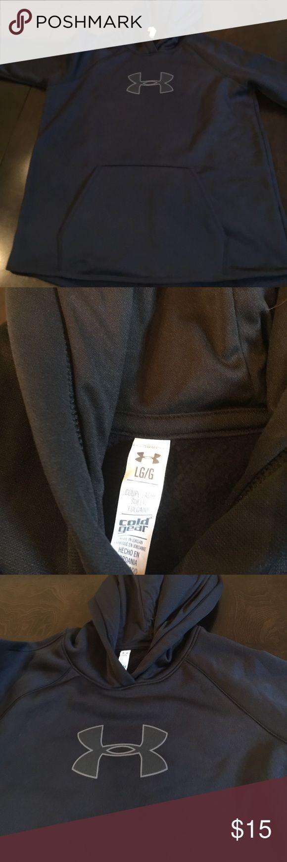 Used Women's Under Armour Hoodie Used Women's Under Armour Hoodie Under Armour Tops Sweatshirts & Hoodies