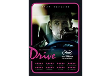 Drive on Ryan Goslingilta toinen erinomainen elokuva. Lisäksi se on hyvin A. Kaurismäkeläinen- leffassa ei paljon turhia jaaritella, mutta lataus on poikkeuksellinen.