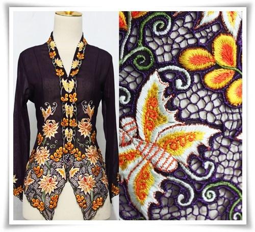 Baju Kebaya Nyonya dengan sulaman hasil buatan tangan 100% dari Indonesia hanya di http://fabulousgirlcollections.blogspot.com/2013/01/koleksi-kebaya-sulam-nyonya-dari.html