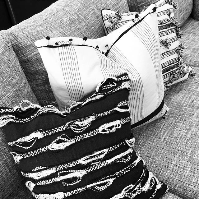 Still one of our fav accessory styles, the stunning textured cushion #accessorise #interiordesign #design #style