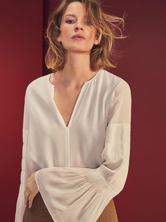 PLEATED SLEEVE DETAIL SHIRT de WOMEN - Shirts & Blouses - View all de Massimo Dutti de Otoño Invierno 2016 por 1495. ¡Elegancia natural!