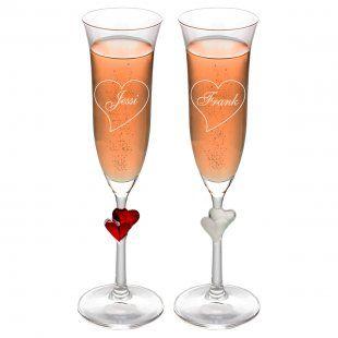 Romantisches Geschenk-Set bestehend aus einem gravierten Sektglas und einem Rosé aus Deutschlands ältester Sektkellerei.